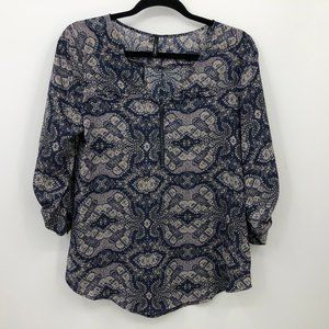 Maurices Top Blouse Size Small V-Neck